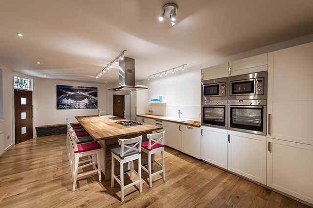 Small studio kitchen large size of living interior for Small studio kitchen